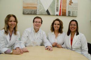 Silvia, Dr. Wilton, Cleide e Neusa