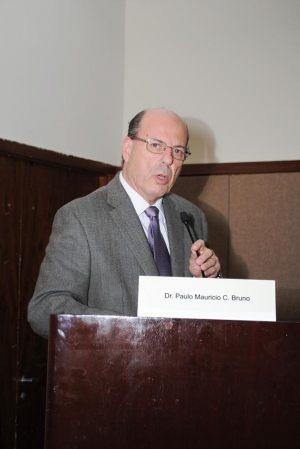 Dr. Paulo C. Mauricio Bruno