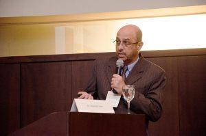 Dr. Eduardo Saba
