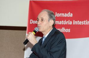 Dr. Mario César Pires