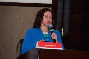 Dra. Cristina Flores